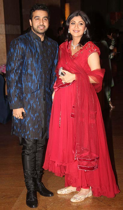 Pregnant Shilpa Shertty With Raj Kundra